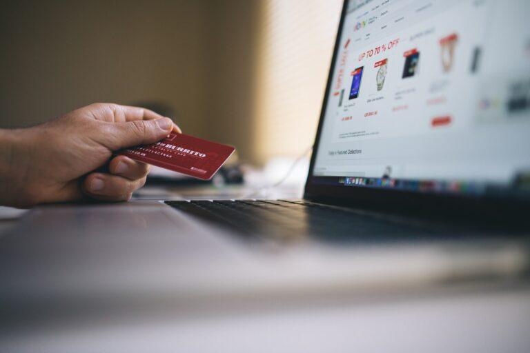 types of websites that make money